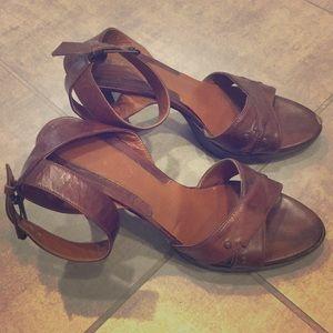 Vintage Via Spiga Platform Sandals